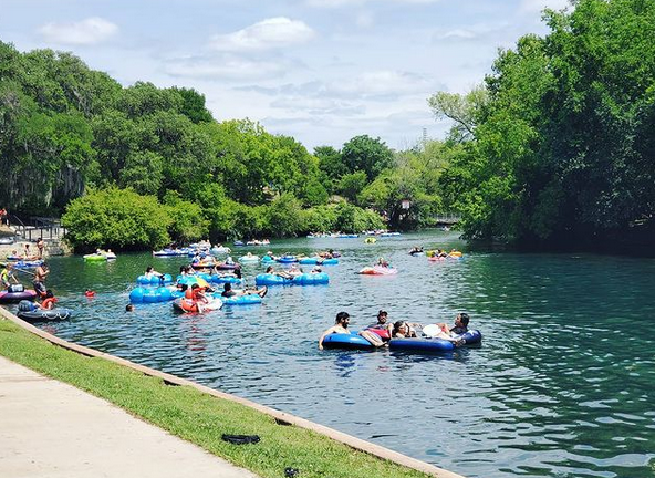 texas river with people tubing